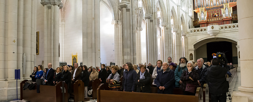 misa-memorial-por-los-enfermos-de-ELA-en-la-Catedral-de-la-Almudena