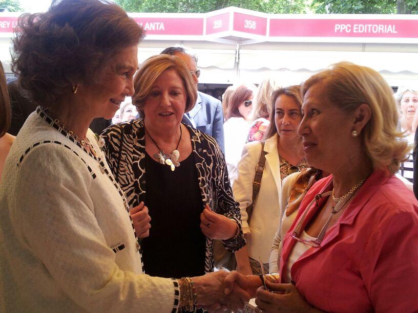 Doña Sofía y Adriana Feria del libro 2015