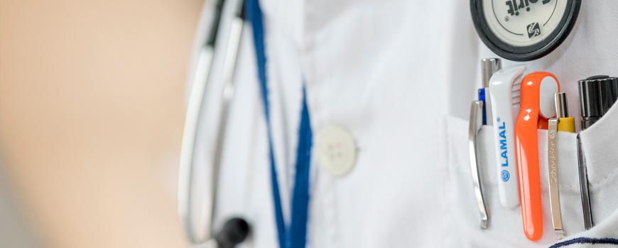 la-consejeria-de-salud-andaluza-responde-ante-las-criticas-sobre-atencion-sanitaria-a-pacientes-con-enfermedades-raras