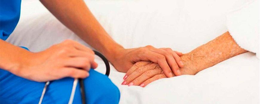 cada-ano-mueren-80-000-personas-en-espana-sin-la-atencion-que-precisan-al-final-de-sus-vidas