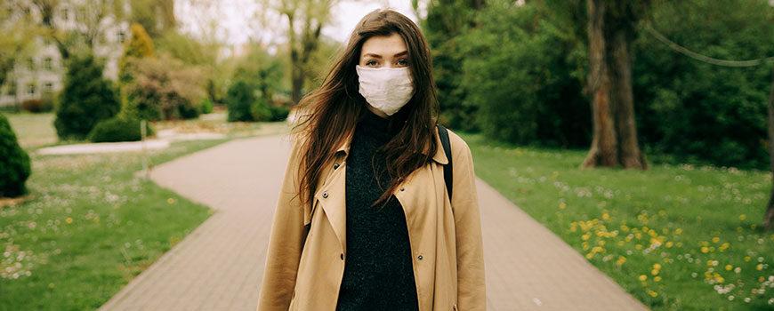 Las personas con dificultades respiratorias deben llevar mascarillas